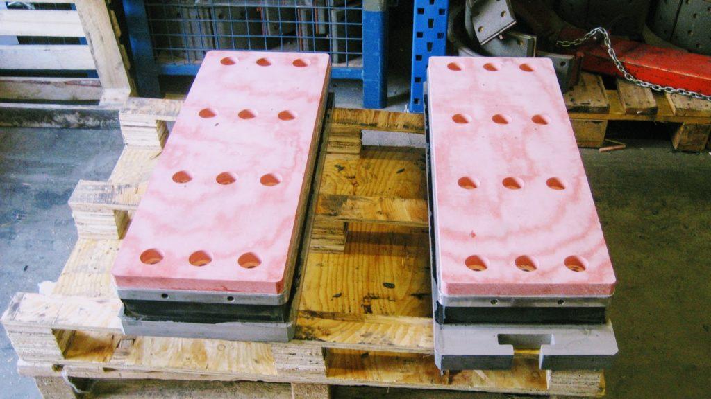 patins plaques anti-friction industriels sur-mesure